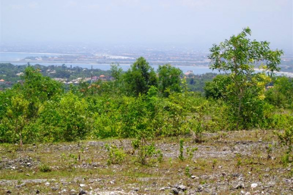 Land in Jimbaran for sale 1,710 m2 Stunning ocean and airport view